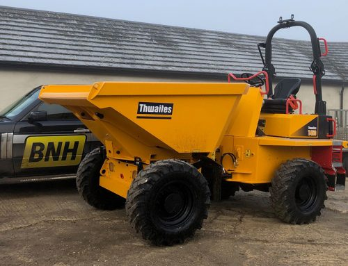 BNH takes the first brand new Thwaites T450 4500kg dumper in the UK!